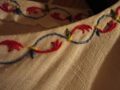 "Viking motif embroidery <a href=""http://www.flickr.comphotos/hotgingeranddynamite/2037600777/in/set-72157602582487431/"" rel=""nofollow"" target=""_blank"">www.flickr.com...</a> http://www.flickr.comphotos/hotgingeranddynamite/2037600777/in/set-72157602582487431/"