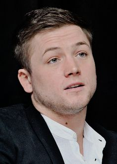 Taron Egerton attended a press conference for Eddie The Eagle in New York City (23/02/2016)