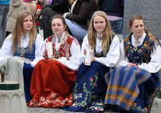 Bunad girls. 17. mai 2011, Trondheim | Flickr - Photo Sharing!