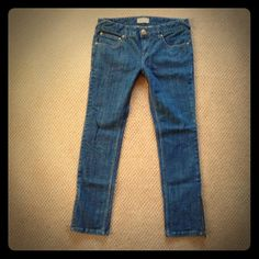 """Trendy Free People Skinny Zip Ankle Sz 31 Trendy Free People Skinny Zip Ankle Sz 31  Super Cute & Trendy Jeans Great Condition 34"""" waist laid flat doubled 9"""" rise 30.5"""" inseam 15"""" Leg Opening laid flat & doubled minor flaw on back left pocket! Free People Jeans Skinny"""