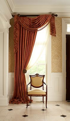 Awesome Window Treatment Ideas and Curtain Designs Photos - View our collection of developer window therapies and custom window treatments for your residence. From ranch shutters to very easy DIY draperies, locate ideas for updating your decoration. Hang Curtains Like A Pro, Hanging Curtains, Drapes Curtains, Valances, Curtain Styles, Curtain Designs, Curtain Patterns, Curtain Ideas, Rideaux Design