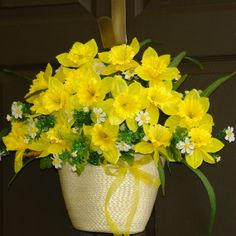 spring wreath Easter wreaths daffodils wreath front by aniamelisa, $69.00