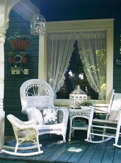 pretty cottage porches ~ hey that's my porch!