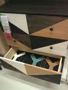 Pimped dresser TARVA at IKEA Kalmar. Used wood stain BEHANDLA and lined the drawers with BJÖRNLOKA fabric