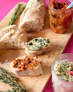 Zweierlei Kräuterbutter | Tomate-Knoblauch-Basilikum-Limette & Fünf-Kräuter-und-Knoblauch | Kochzauber | was eigenes Blog