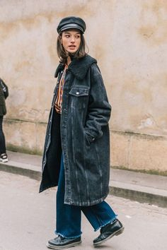 20 Fall Street Style Looks To Copy From Paris Fashion snapped by collage Vintage Street Style Vintage, Street Style Blog, Street Style Women, Vintage Style, Denim Fashion, Paris Fashion, Fashion Outfits, Fashion Trends, Fashion Top