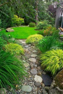 Brilliant rain garden design ideas (38)