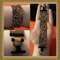 Tribal Black and Gold Peyote Stitch Bracelet di iBeadStuff su Etsy Peyote Beading Patterns, Peyote Stitch Patterns, Beaded Bracelet Patterns, Bead Loom Patterns, Loom Beading, Beaded Bracelets, Lace Jewelry, Seed Bead Jewelry, Bead Loom Designs