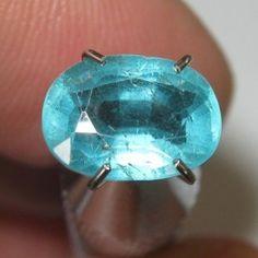Apatite Hijau Kebiruan 1.59 carat fine luster quality