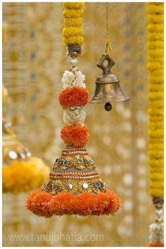 Decorated bell hangings for a traditional Indian wedding! Decorated bell hangings for a traditional Indian wedding! Housewarming Decorations, Diy Diwali Decorations, Stage Decorations, Indian Wedding Decorations, Festival Decorations, Flower Decorations, Ganapati Decoration, Diwali Craft, Diwali Diya