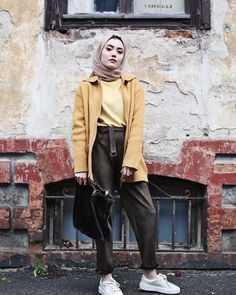 Trendy Ideas For Sport Femme Tenue Arab Fashion, Muslim Fashion, Modest Fashion, Fashion Outfits, Fashion Photo, Casual Hijab Outfit, Hijab Chic, Casual Outfits, Ootd Hijab