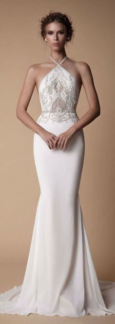 Berta MUSE Wedding Dress MUSE by berta bridal collection is true to the BERTA aesthetics and cut, however with a different approach to the design side, as the MUSE creations are more boho-vintage oriented. Muse by Berta's latest collec… Gorgeous Wedding Dress, Wedding Dress Styles, Bridal Dresses, Beautiful Dresses, Wedding Gowns, Prom Dresses, Lace Wedding, Wedding Bridesmaids, Wedding Themes