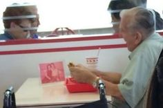 A Picture Of An Elderly Man Eating Alone With A Photo Of His Late Wife Has Gone Viral: This made me cry.