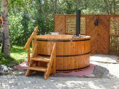 Woodchuckers Cedar Hot Tub- Timmins, Ontario