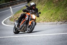 """Frankly, the marketing build-up and spec sheet of """"The Beast"""" had Loz terrified – but a funny thing happened when he twisted the throttle on the 1290 R. It didn't kill him. In fact it turned out to be a surprisingly approachable bike for all conditions. Duke Motorcycle, Duke Bike, Ktm Duke, Ktm Super Duke, Ktm Motorcycles, Joker Face, A Funny Thing Happened, Black Background Images, Picsart Background"""
