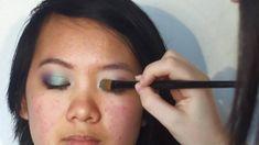 Maquillage pour les yeux asiatiques / bridés
