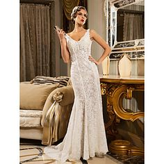 Trumpet/Mermaid V-neck Court Train Lace And Organza Wedding Dress – USD $ 399.99 Tribute to the 20's but it is beautiful