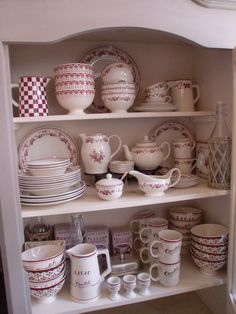 Beautiful stoneware from Comptoir de Famille