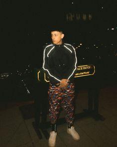 Trueno Mc, Freestyle Rap, Hypebeast Wallpaper, Las Vegas Hotels, Perfect Boy, London Restaurants, Nightlife Travel, My Boyfriend, Night Life