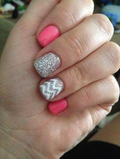 Adorable chevron nails