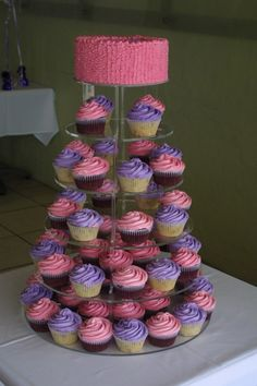 Pretty in Pink and Purple cupcakes + cake!