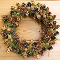 Pine Cone Wreath Candle/Soap Fragrance Oil crafts-n-m. Pine Cone Art, Pine Cone Crafts, Wreath Crafts, Diy Wreath, Pine Cones, Moss Wreath, Wreaths And Garlands, Holiday Wreaths, Pine Cone Decorations