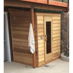 Outdoor home sauna kit with roof, pre-built wall panels including sauna heater, door with window and accessories for 2 persons Sauna Heater, Dry Sauna, Rustic Saunas, Home Sauna Kit, Outdoor Sauna Kits, Fishing Shack, Windows And Doors, Cottage, Backyard
