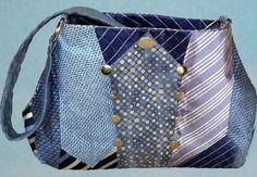 plusieurs liens de sacs / cravates