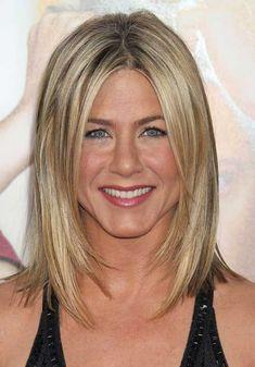 7.-Jennifer-Aniston-Long-Bob-Cut.jpg 500×716 pixels