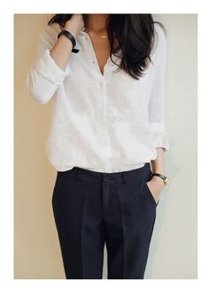 Simple V-neck Long Sleeves Batiste Casual Blouse Einfache V-Ausschnitt Langarm Batiste Casual Bluse – MeetYoursFashion Trendy Dresses, Nice Dresses, Casual Dresses, Casual Outfits, Dresses For Work, Casual Shoes, Sweater Outfits, Casual Pants, Simple Outfits