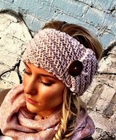 I LOVE LOVE LOVE THIS!!! Aspen Hand-Knitted Headband @Linsey Sauer, have you seen it?  :)