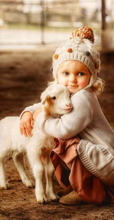 Animals For Kids, Cute Baby Animals, Animals And Pets, Funny Animals, Precious Children, Beautiful Children, Beautiful Babies, Funny Kids, Cute Kids