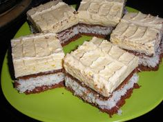 Zsuzsa ízutazásai.: Kakaós-kókuszos krémes Latte, Cheesecake, Deserts, Coconut Cream, Pies, Cheesecakes, Postres, Dessert, Cherry Cheesecake Shooters