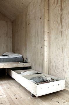 Bed & storage idea