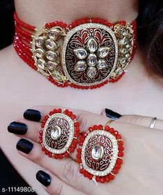 Checkout this latest Jewellery Set Product Name: *Shimmering Fusion Jewellery Sets* Country of Origin: India Easy Returns Available In Case Of Any Issue   Catalog Rating: ★4 (262)  Catalog Name: Shimmering Chunky Jewellery Sets CatalogID_2076351 C77-SC1093 Code: 405-11149808-3051