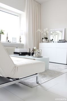 Living room for small space. Futon for sofa. Adalmina's Secret