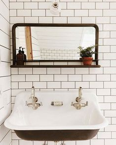 Clean + cool #norfolksconce #ceramiclighting #schoolhouseelectric (via @saraparsons) / shop the wall sconce - link in profile