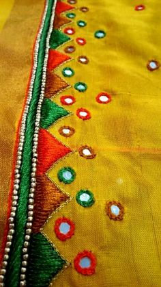 Aari Embroidery, Kurti Embroidery Design, Hand Work Embroidery, Machine Embroidery Applique, Hand Embroidery Designs, Traditional Blouse Designs, Simple Blouse Designs, Mirror Work Blouse Design, Hand Work Design