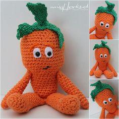 Wiebe Wortel haakpatroon haken Vitamini Peentje Gehaakte wortel oranje groente lidl
