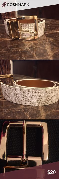 """Michael Kors belt 30"""" long White and gold Michael kors belt. Has slight Knicks on buckle. As shown in the picture, Other than that it's in great shape! Michael Kors Accessories Belts"""
