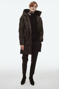 Buy Whyred classic Star parka safetly online. Star is hooded and ducktailed and is one of the true heroes of the Whyred wardrobe.