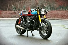 "Inazuma café racer: The ""Tricore"" by Studio Motor"