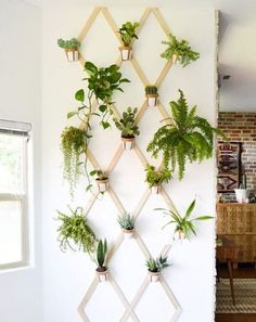 16 Super Easy DIY Wall Decor Tutorials That You Can Do For Free