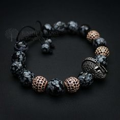 made with Faceted Obsidian beads, featuring 925 Silver Helmet with black Zircon and 4 Rose Gold spacer beads with black Zircon Stones. The Zircon Stones on top of helmet matches perfectly with the spacer beads Simple Bracelets, Bracelets For Men, Bracelet Men, Leather Bracelets, Jewelry Gifts, Jewelery, Beaded Jewelry, Beaded Bracelets, Men's Jewelry