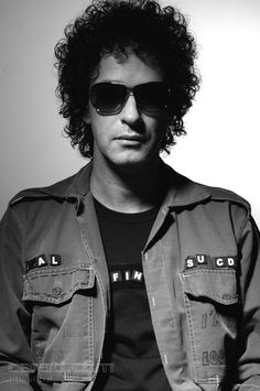 See Gustavo Cerati pictures, photo shoots, and listen online to the latest music. Soda Stereo, Pink Floyd More, Zeta Bosio, Image Rock, Rock Argentino, Perfect Love, Rock Legends, Music Covers, My Favorite Music