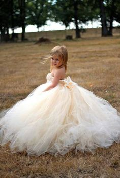 Ivory Champagne Flower Girl Dress with Detachable Tulle Train Flower Girls, Flower Girl Dresses, Girls Dresses, Princess Dresses, Champagne Flower Girl, Robes Tutu, Kind Mode, Wedding Bells, Wedding Colors