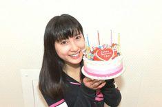 土屋太鳳、「チア☆ダン」仲間が誕生日祝福…9カ月間ダンス漬けの日々も「恋していきたい」