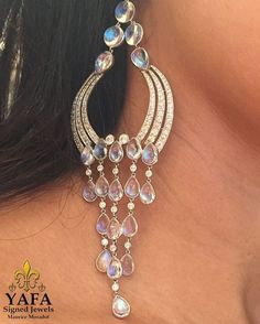 Now that's a drop earring! Love these pretty diamond and moonstone earrings, perfect for long summer days. Available now at #YafaSignedJewels ⚜️⚜️#YafaSignedJewels #yafa #vintagesignedjewels #vintagejewelry #vintage #signedjewelry #finejewelry #summer #chic #elegant #style #diamond #newyork #forsale #moonstone