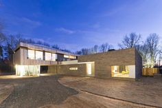 House At The Edge Of A Forest / Hilberink Bosch Architects