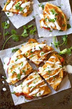 Smoked Gouda Mushroom Quesadilla*** So easy and so creamy. Used a mix of plain gouda and smoked gouda. Mexican Food Recipes, Vegetarian Recipes, Dinner Recipes, Cooking Recipes, Healthy Recipes, Skillet Recipes, Cooking Tools, Vegetarian Wraps, Easy Vegetarian Lunch